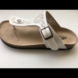 White sandals slip on thongs cork footbed new Shoe